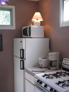 Gas stove, microwave, toaster, coffee maker, we have it all