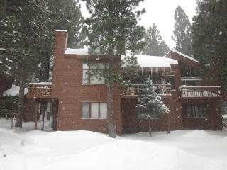 2+Loft Condo Freshly Remodeled in Mammoth Lake,Ca.
