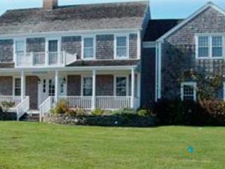 4 Bedroom 4 Bathroom Vacation Rental in Nantucket that sleeps 8 -(9880)