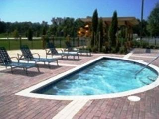 3 Bedrooms Townhouse at Villas at Seven Dwarfs only 4 miles from Disney! - MB