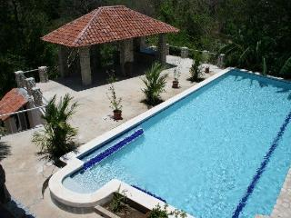 Villas Casa Loma - (Villa 1) - Incredible Ocean/Mountain Views!