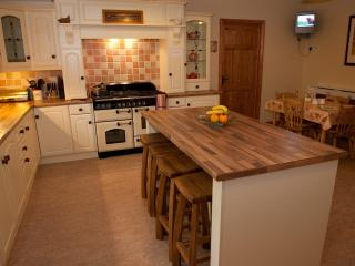 Country Kitchen to cater for all your needs!