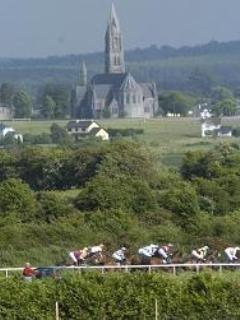 Horse Racing at our local town - just 10 minutes drive from Cloonliss Lodge