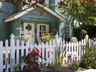 A Beach Condo -  Elsbree House Vacation Condo, San Diego
