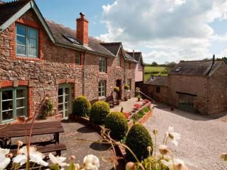 Long Barn Luxury Holiday Cottage, Newton Abbot