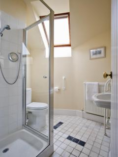 Long Barn - Ensuite shower room