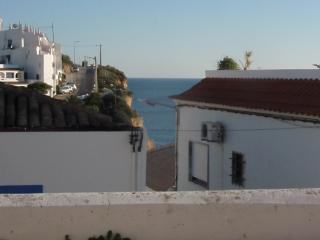 Family holiday house in central Carvoeiro