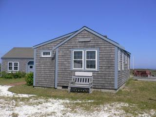 4 Bedroom 3 Bathroom Vacation Rental in Nantucket that sleeps 7 -(9926)