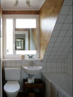 Suite Surah Bathroom