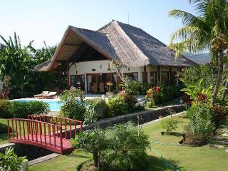 Villa Nais, Lovina Beach