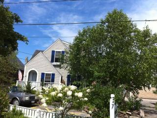 Charming Cape Cod Cottage on Atlantic Avenue, Provincetown