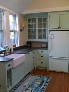 Sunny, open gourmet kitchen