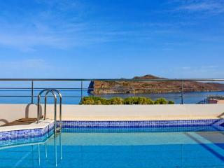 Santi Seaview Villas Just 50m Away From Agia Marina Beach, Chania