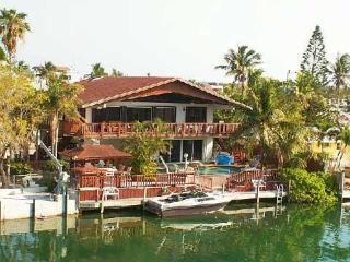 Venetian Tropics 3 bedroom pool home on sailboat canal weekly vacation rental