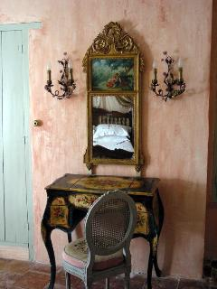 Painted Italian dressing table in main bedroom