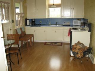 Enjoy the ample kitchen space