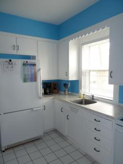 Fully equipped kitchen plus an adjoining pantry