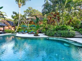 Villa Bunga Wangi 3bdrm Canggu Bali near Seminyak