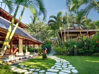Villa Bunga Wangi in Canggu, Bali near Seminyak