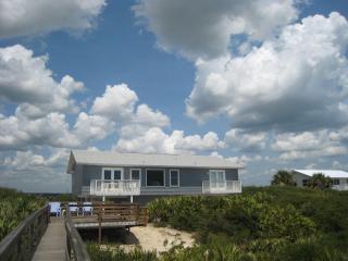 Solstice Beach Front House Crescent -St. Augustine, Saint Augustine Beach