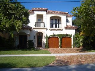 New Home - Best Location - Walk to Beach, Boca Raton