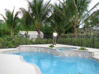 5 bed, 1.2 acre  Luxurious Spanish Villa,  Jupiter