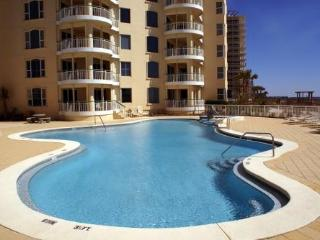 June 8-11 Open! ~Beach Colony 3rd Flr Direct Oceanfront Condo*3 Pools*Cvrd Pking
