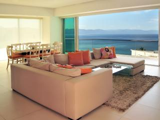 ICON Vallarta-New Luxurious 3050 Sqf. 3Br