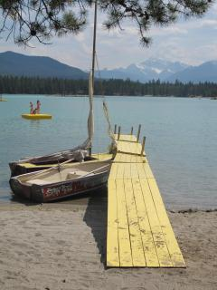 a perfect summer day at one of the lakes around Jasper
