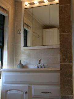 Upstaris Bath room