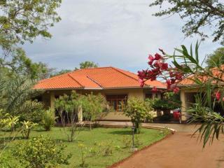 Lake View Bungalow Yala - A Home away from Home, Tissamaharama