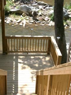 Steps going down to 16ftX 40ft. Coverd Deck River & HOT TUB 10ft above River