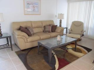 Quarterdeck Resort Condominium Unit-Venice, FL