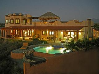 """Aires de Encanto"" Luxurious home in Todos Santos!"