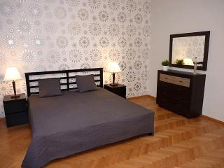 Spacious Apartment - near Parliament + Danube, Budapest