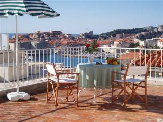Jinx&Jinxy Apartment (stunning terrace & position), Dubrovnik