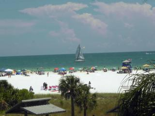 Beachfront Condo Siesta Key: Fall Specials!!