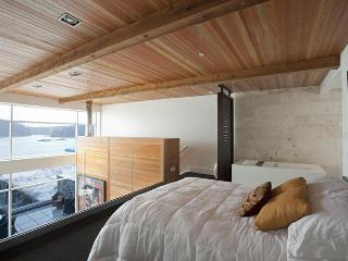 Tofino - Brand New 5 Star Executive Rental