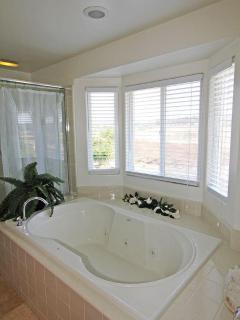 Relax..! Master Bath