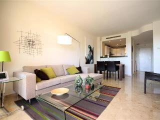 Newly furnished apartment in Elviria, Marbella