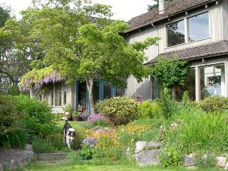 Oak Knoll Farm - 30 Acres of Peace & Quiet, Friday Harbor