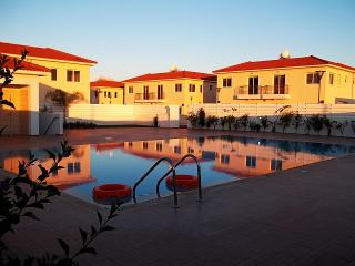 Luxury Apartment near beach/watersports-Kapparis