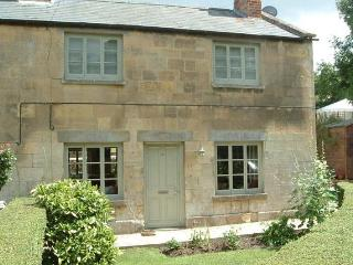 Coates Mill Cottage in the heart of the Cotswolds, Winchcombe