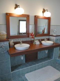 One of the 5 bathrooms