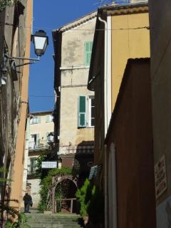 Rue de May