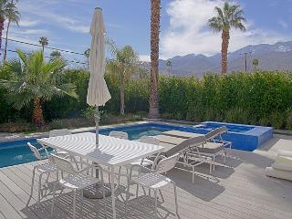 Artsy Escape ~, Palm Springs