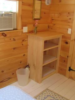 Thre Tree House - Upstairs Bedroom