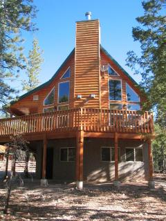Front of Cabin - Located between Zion National park and Bryce Canyon National Park