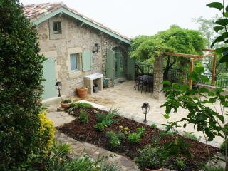 La Maison Oiseaux Cordes sur Ciel France