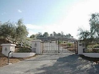 Private and spacious 5 acre wine country estate.